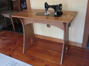 Sewing table 2